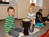 7. 10. 2015 - živé muzicírování s Janan v Městském společenském centru, žáci 1. ročníku