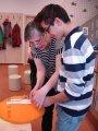 20. 3. 2015 - ukázka paličkování v Městském společenském centru, žáci 7. a 9. ročníku