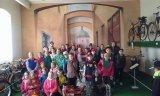 květen - školní výlet 2. 3. a 5. ročník (Bečov)