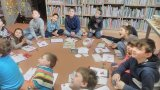 žáci 3. ročníku v knihovně