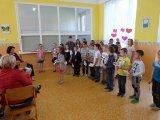 9. 5. 2016 - Den matek, pásmo žáků 1., 2., 3. ročníku a žáků z pěveckého kroužku